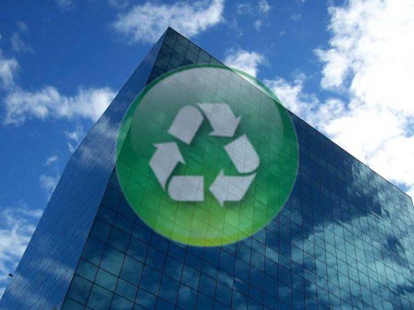 La industria de la construcción debe mejorar la sostenibilidad de sus actividades.