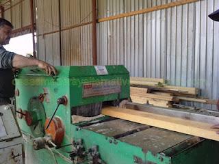 Vigas de madera para fabricar casas