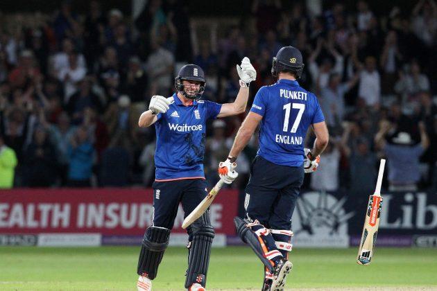 Plunkett six secures dramatic tie - Cricket News