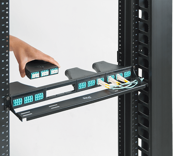 Configurable Fiber Patch Panel with LC-MPO Cassettes