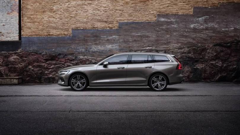 「Volvo V60」的圖片搜尋結果