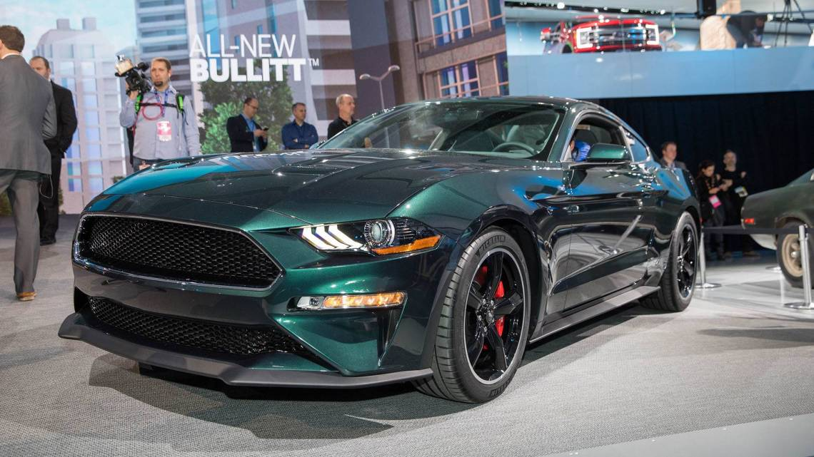 2019 ford mustang bullitt takes to the streets in detroit