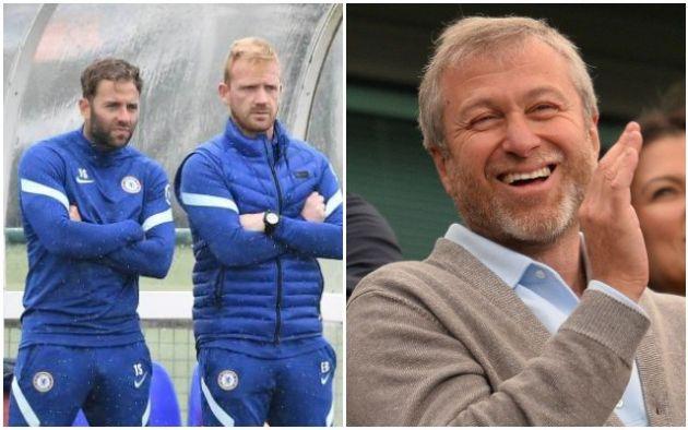 Chelsea loan coach James Simmonds to AFC Wimbledon
