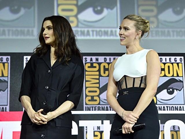Scarlett Johansson khoe hình xăm khủng - 4