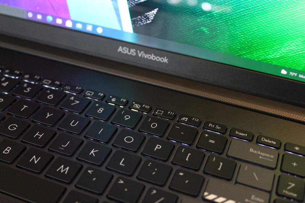 Closeup on the the Asus Vivobook Pro 16X OLED keyboard