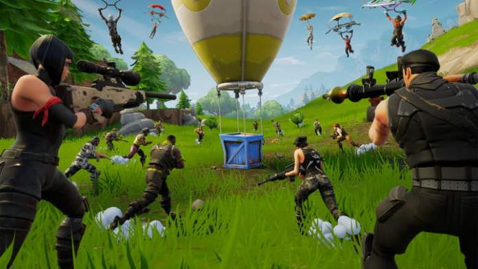 Tens of characters rush to a supply drop in Fortnite.