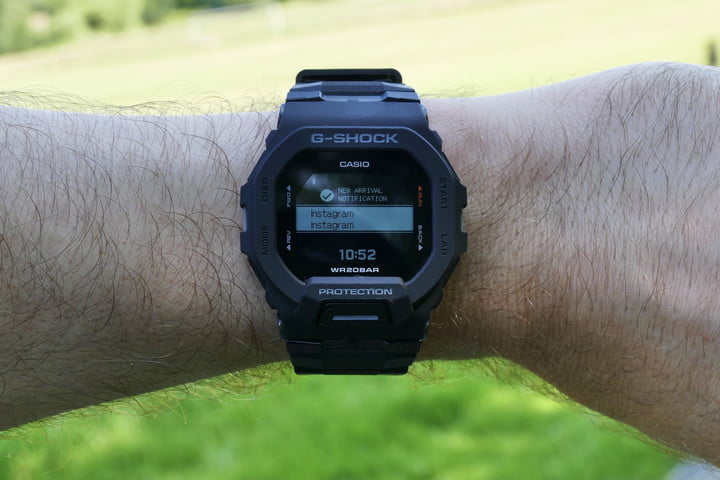 Incoming notification on the Casio G-Shock GBD-200.