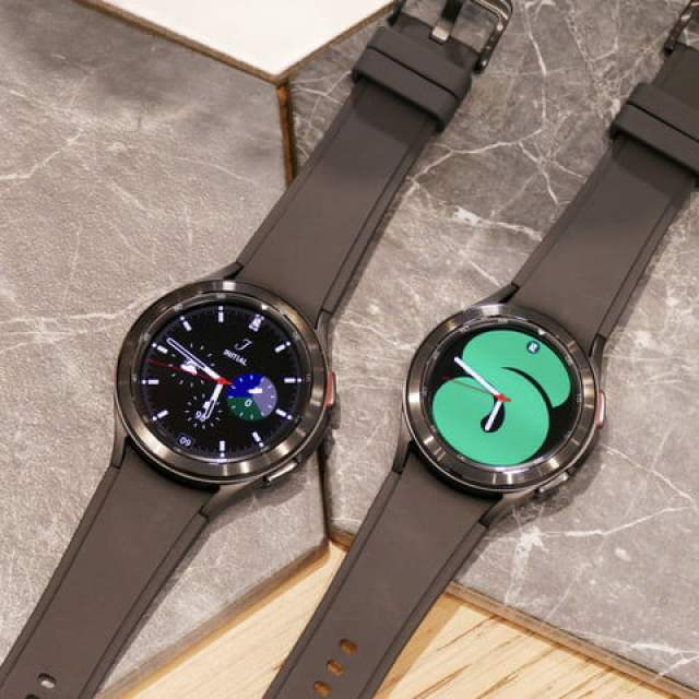 Galaxy Watch 4 Classic in two sizes.