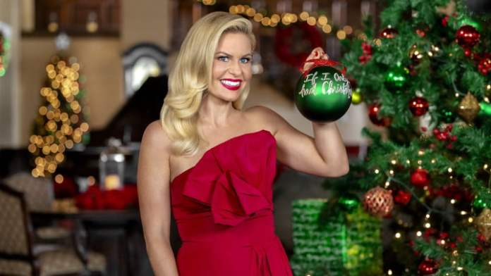 Candace Cameron Bure in Heart of Christmas