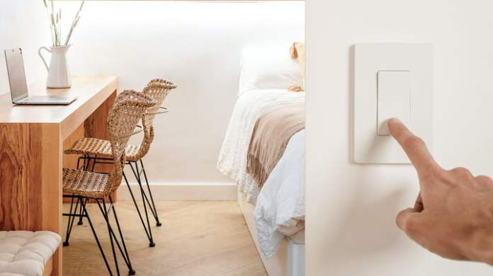 By pressing your finger on the Nokia Smart Lighting Switch.