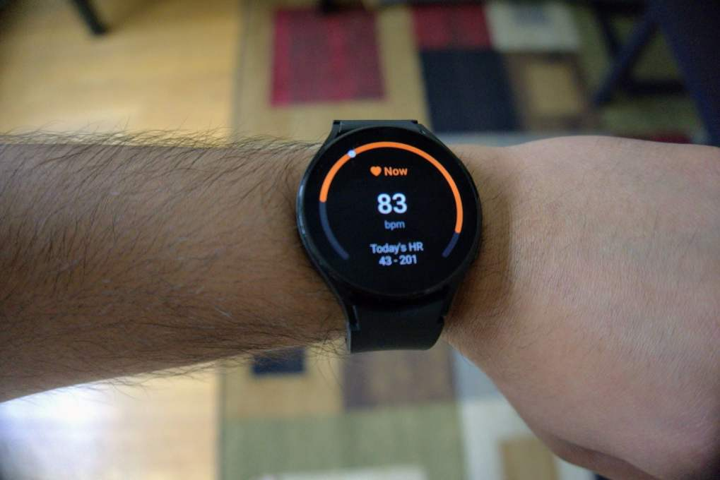 Watch 4 heart rate monitoring.