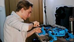 Eskişehirli lise öğrencisi, farklı iş kollarına uygun robot köpek geliştirdi