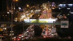 İstanbulluların trafik çilesi bitmiyor