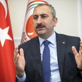 Abdulhamit Gül: Demokrasi asla geriye gitmeyecek