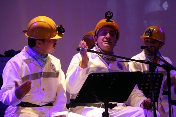 Türkiye'nin ilk madenci korosu konser verdi