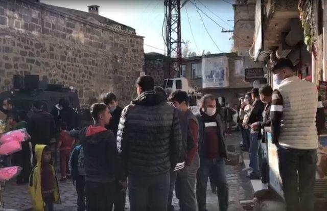 38516d43a495250ec363642e717b8475 - Diyarbakır'da çocuk kaçırmaya çalışan 2 kişi linç edilmek istendi