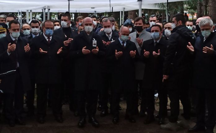 Süleyman Soylu Bursa'da şehit cenazesine katıldı #5