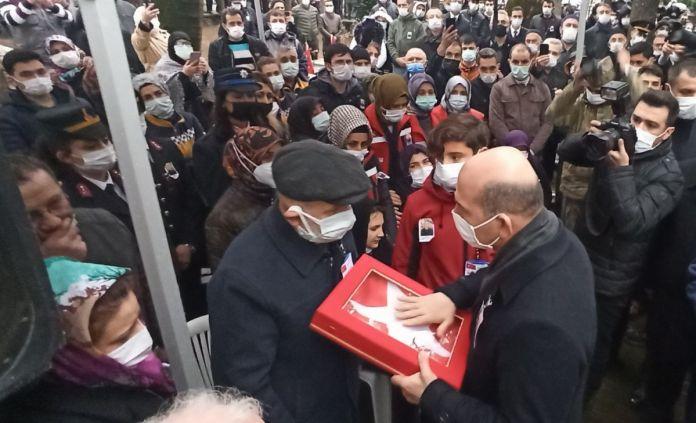 Süleyman Soylu Bursa'da şehit cenazesine katıldı #1