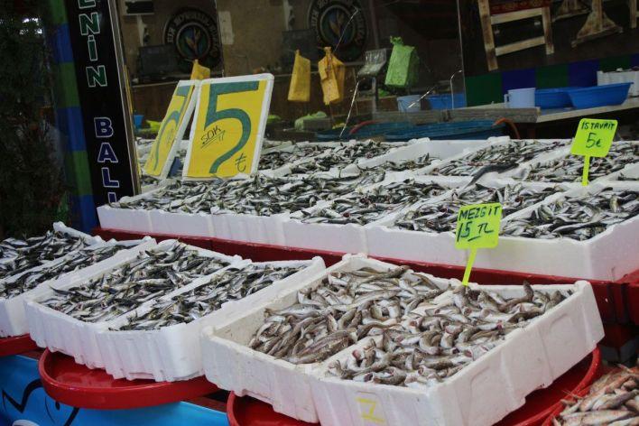 rize de kilo fiyati 5 tl ye dusen istavrit kasayla satiliyor 86535