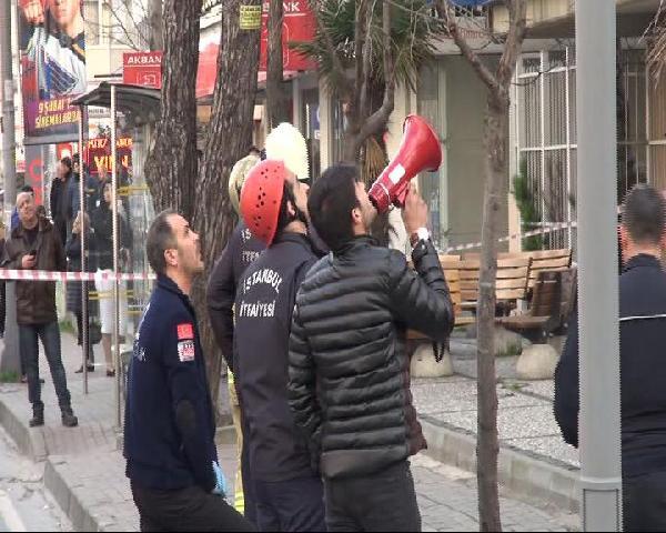Bakırköy'de intihar girişimi