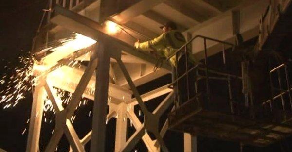 Altunizade'de yaya üst geçitleri kaldırılıyor