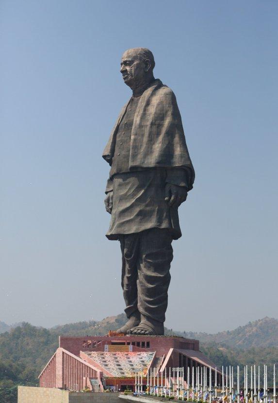 Dünyanın en büyük heykelinin açılışı yapıldı