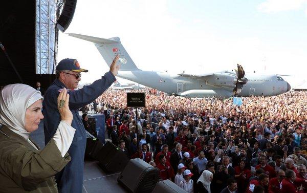 Başkan Erdoğan'dan uyarı: Takkeleri değişiriz