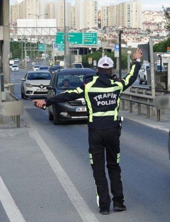 İstanbul'da trafik denetimleri sürüyor