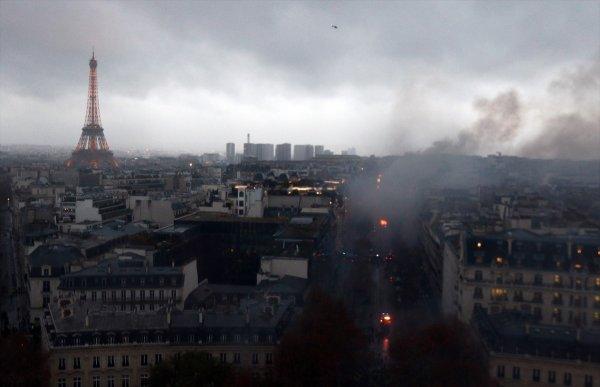 Fransa'da akaryakıt zammı protestolarının bilançosu
