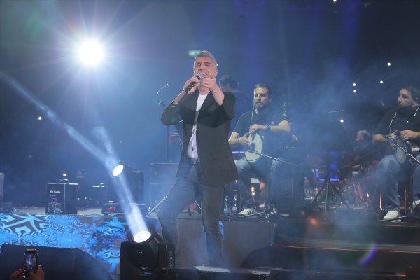 İsrail'de Özcan Deniz konserine yoğun ilgi
