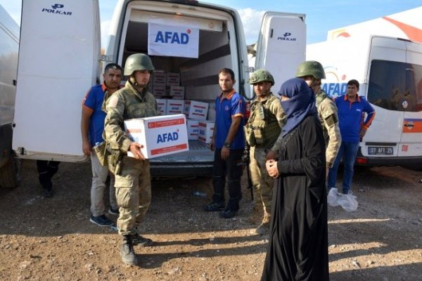 Türkiye'den Suriye'nin kuzeyine un ve bakliyat dağıtımı yapılacak