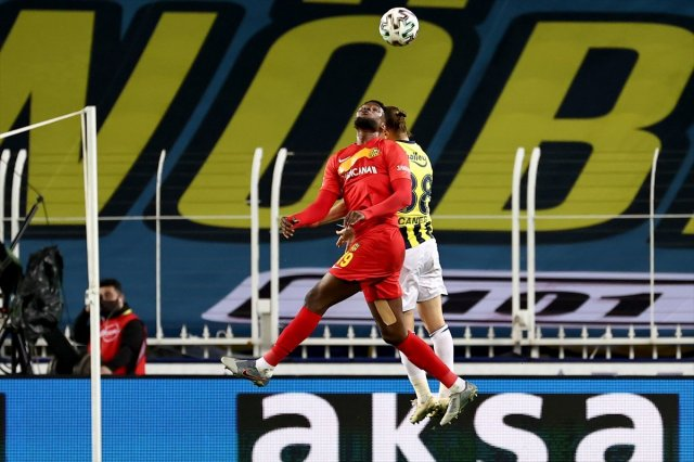 df 5660 - Fenerbahçe Kadıköy'de Yeni Malatya'dan 3 yedi