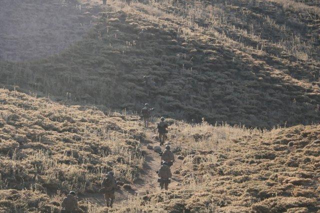 siirt 202 - Siirt'te PKK'ya ait 6 barınak ve sığınak ele geçirildi