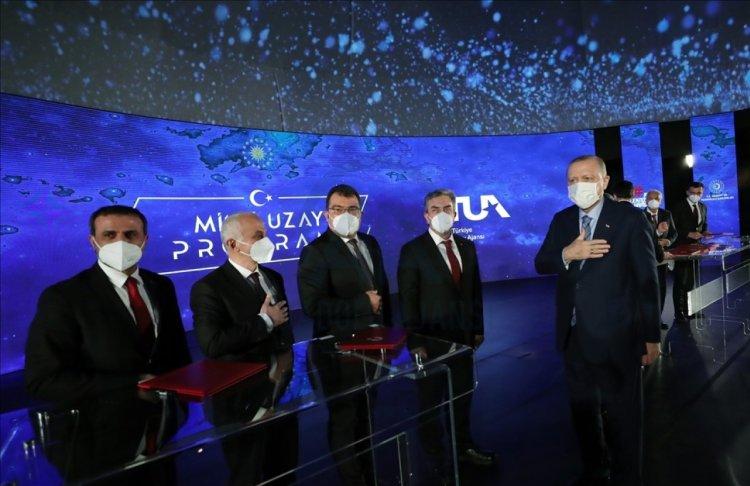 TUA Başkanı Serdar Yıldırım dan, Azerbaycan ile uzayda iş birliği sinyali #1