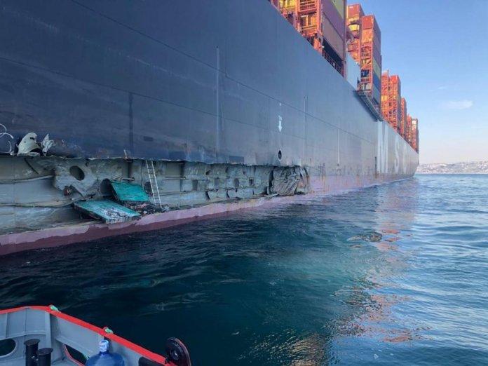 İstanbul Ambarlı Limanı nda konteyner gemisi, iskeleye çarptı #1