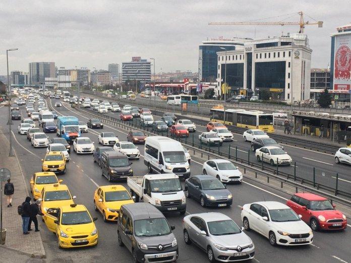 32 saatlik kısıtlama bitti: İstanbul'da yoğunluk başladı #3