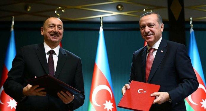 Azerbaycan - Türkiye arası kimlikle seyahatler 1 Nisan da başlıyor #1