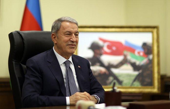 Hulusi Akar, Azerbaycan Savunma Bakanı Hasanov ile görüştü #4