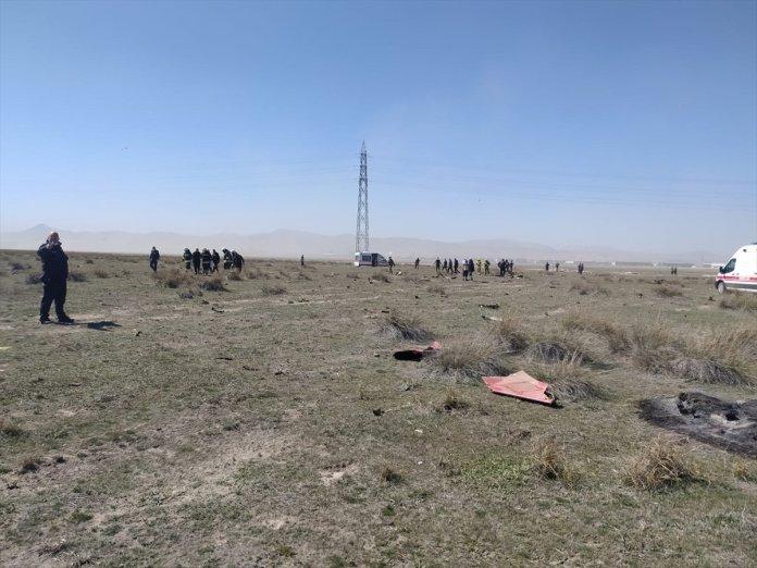 Konya da askeri uçak düştü  #6