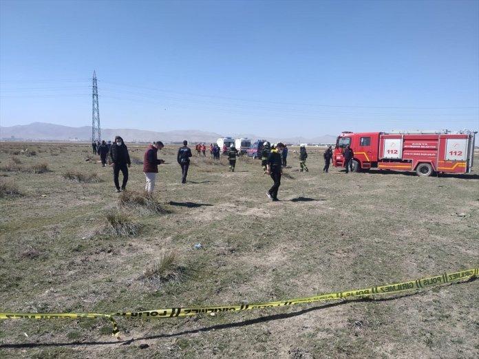 Konya da askeri uçak düştü  #8