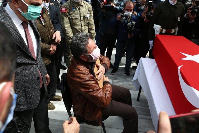 Şehit pilot Burak Gençcelep'in cenazesi Trabzon a getirildi #2