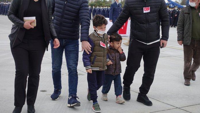 Şehit pilot Burak Gençcelep'in cenazesi Trabzon a getirildi #4