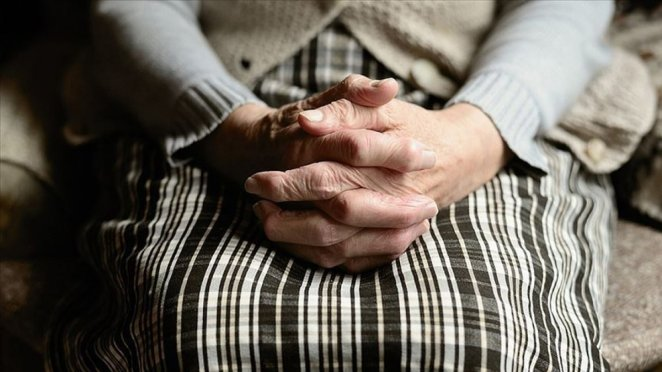 10 early warning signs of Alzheimer's disease #4