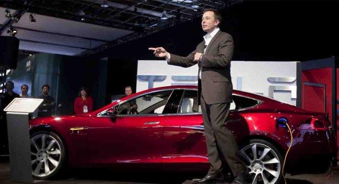 Tesla aracında fare izleri ortaya çıktı #1