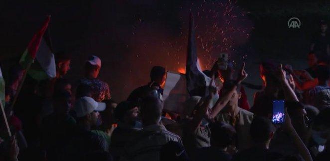 Israeli soldiers attack Palestinians against blockade #5