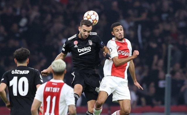 Oğuzhan Özyakup: Ajax ı, İstanbul da yenecek güce sahibiz #4
