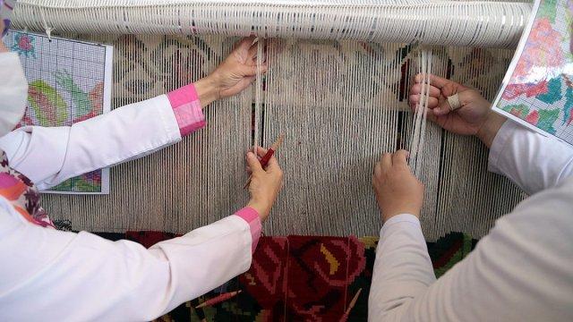 Erzurum da asırlık Bardız kilimi, eski motifleriyle yeniden dokunuyor #4