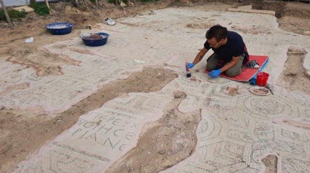 Bursa da kazı çalışmalarında mumyalanmış 3 iskelet bulundu  #8