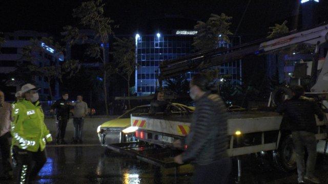 İstanbul da zincirleme kaza: 4 yaralı #1