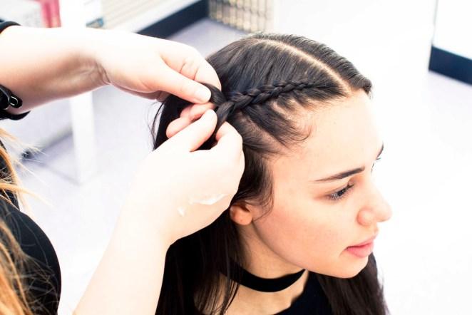4 hairstyles that can cause a headache #3